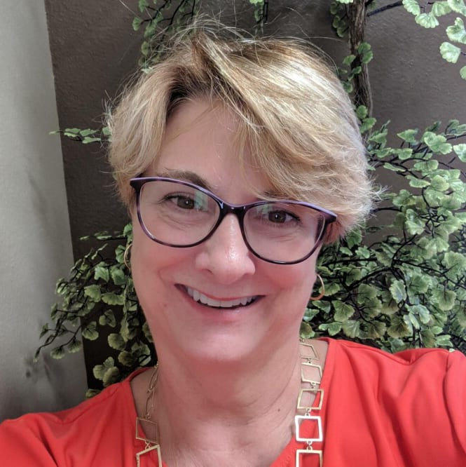 JoAnn profile pic 2019